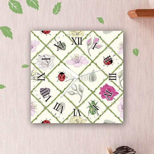 【掛け時計】昆虫と花のパターン