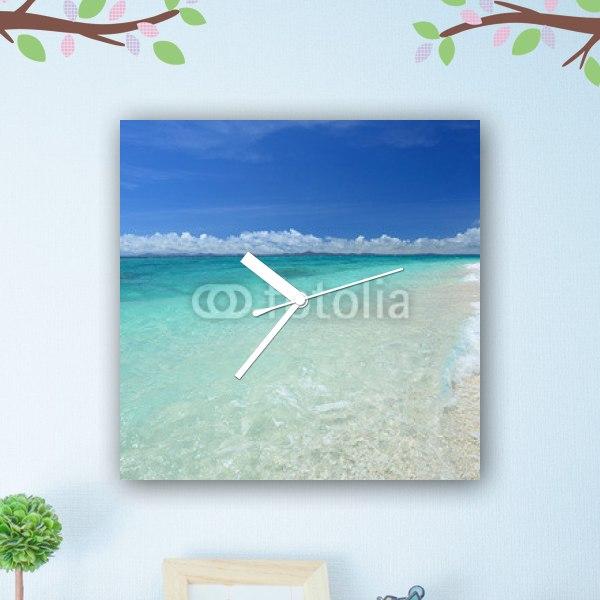 【掛け時計】沖縄のビーチと青空