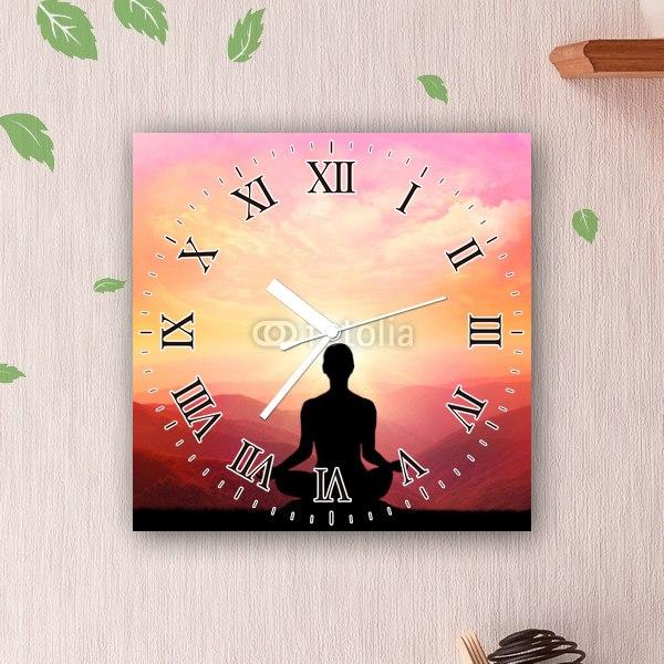 【掛け時計】瞑想とヨーガのポーズ
