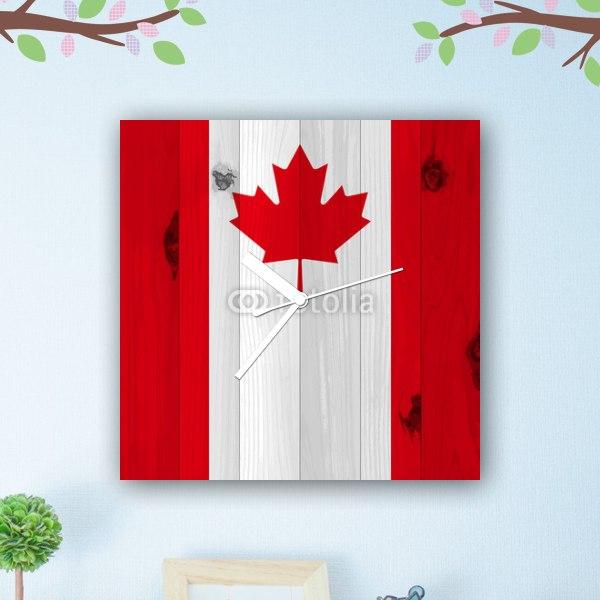 【掛け時計】板に描いたカナダ国旗