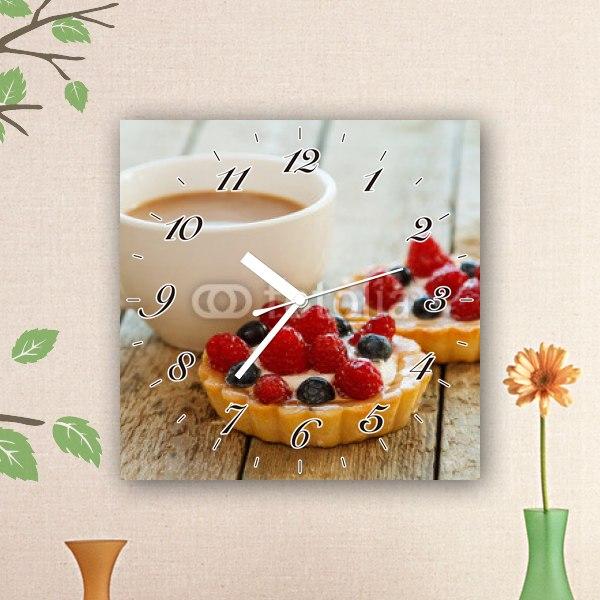 【掛け時計】フルーツタルトとカップコーヒー