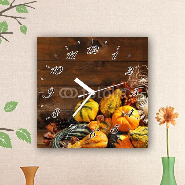 【掛け時計】たくさんのかぼちゃ