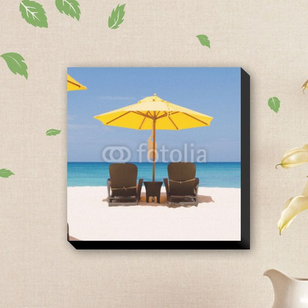 【ファブリックパネル】黄色いビーチパラソル