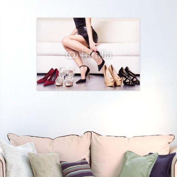 【インテリアポスター】ハイヒールをはく女性ポスター