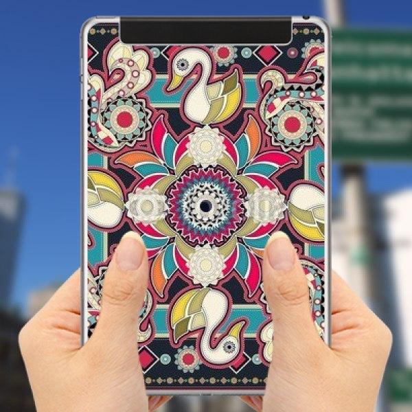 【スキンシール】iPad mini 4 Cellular スワンのマンダラ模様  赤